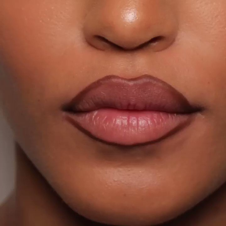 RT @kkwbeauty: Crème Lipstick in Pink 7 ???? Available TODAY at 12PM PST at https://t.co/32qaKbs5YG #KKWBEAUTY https://t.co/Vfsn26CojL