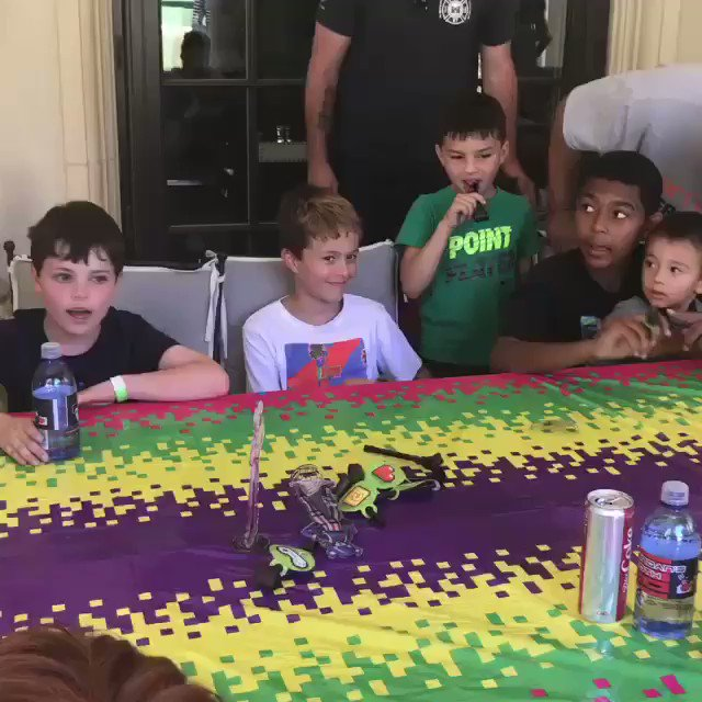 Happy birthday Brendan!!! ???????? Ten years old today. Love you. ❤️ https://t.co/1dqWR7125k