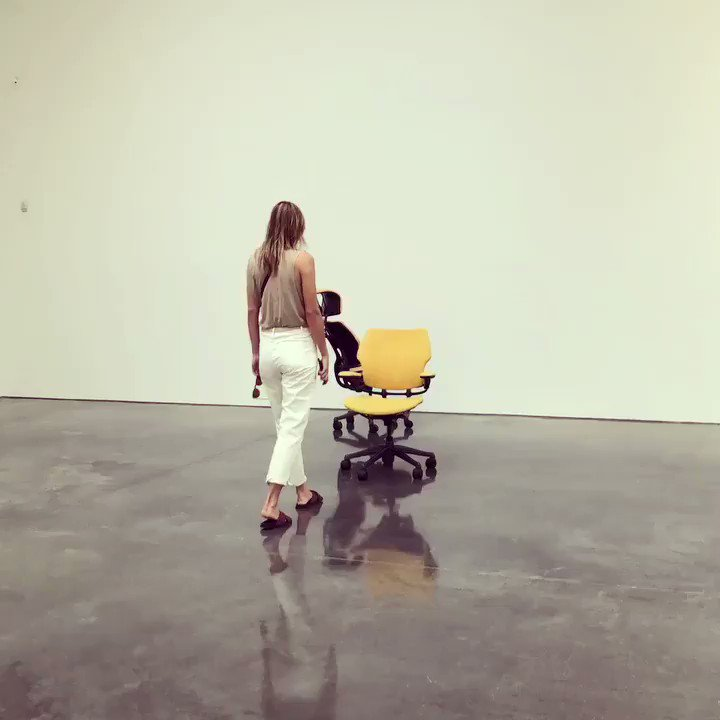 An afternoon spent with a playful #UrsFischer chair @gagosian https://t.co/RunM5TFXgK