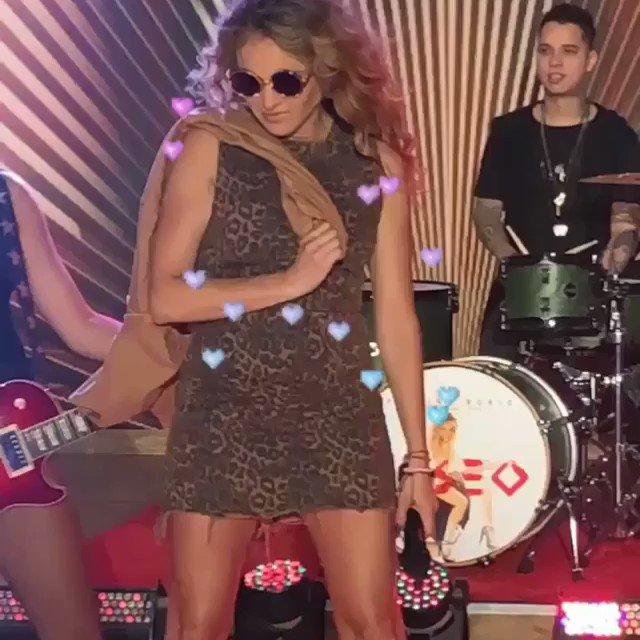 Les #Deseo un Feliz Viernes!!!! #SuaveYSutil #newalbum #paulinarubio 🔥💥💕💃😁🤩 vMRqNFub5C