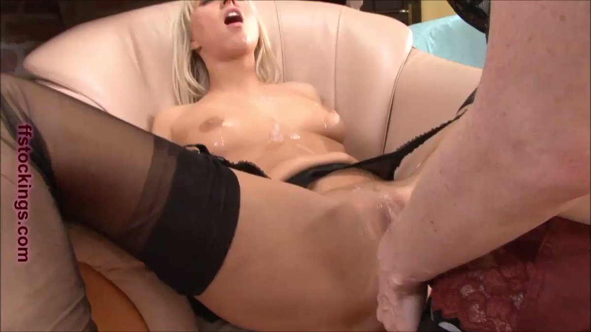 So incredibly #horny guys!! Me doing #anal to Carla Cox DwuhEv6nug #nsfw #pornvideo #porn