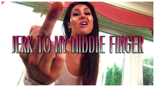 Just sold a #clip! Jerk To My Middle Finger #BratGirls Get yours on #iWantClips! GyWY9RS78X