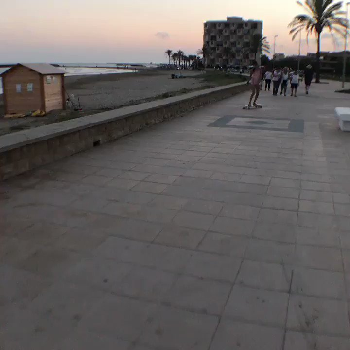 Let's longboard with me ...!!! #GoodVibes ...!!! YGjk0dumNx