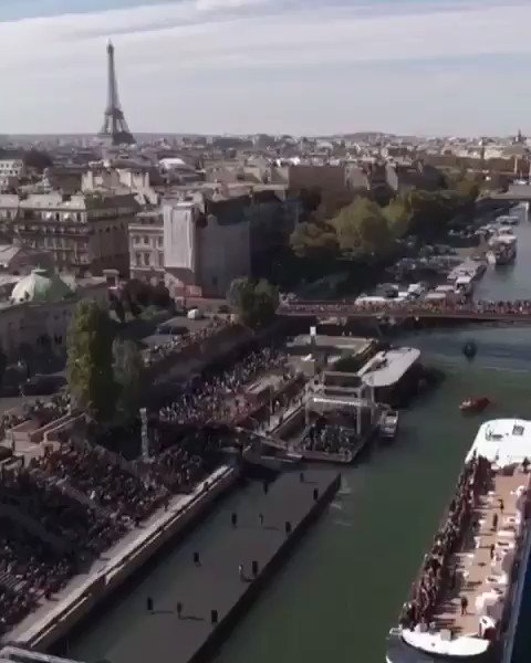 What an incredible experience! Merci Paris ????????❤️ #WorthIt #Lorealpfw @lorealparis #lorealhair #lorealmakeup https://t.co/VSj6troVH4