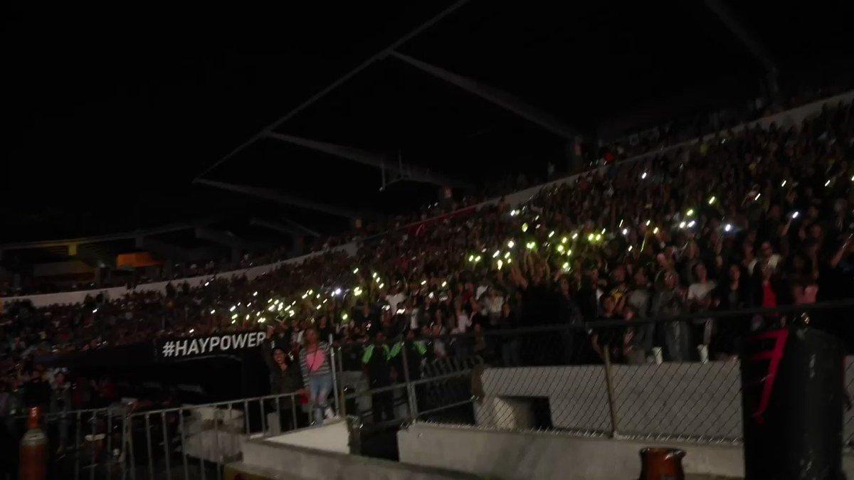 Que público increíble el de esta noche en Guadalajara! Shak https://t.co/XoAHpmTtAK