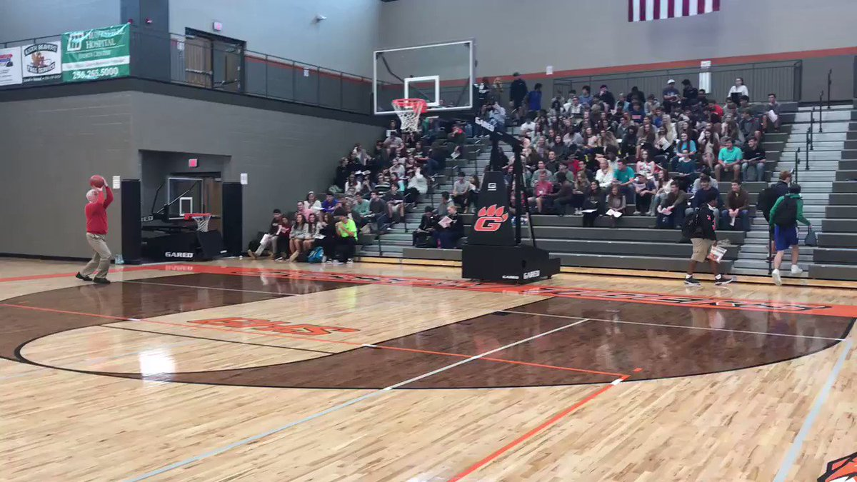 Congressman Mo Brooks returns to the Grissom basketball court today! He was on Grissom's first basketball team in 1969-1970! @RepMoBrooks He came to speak to students about issues facing the country. #politicalefficacy #apgopo