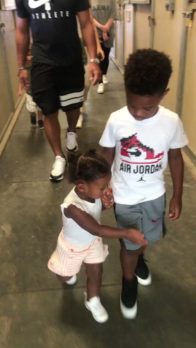 They love each other so much. A Day At The Zoo. My Babies  ❤️???????????????? https://t.co/h53Fqs13pX