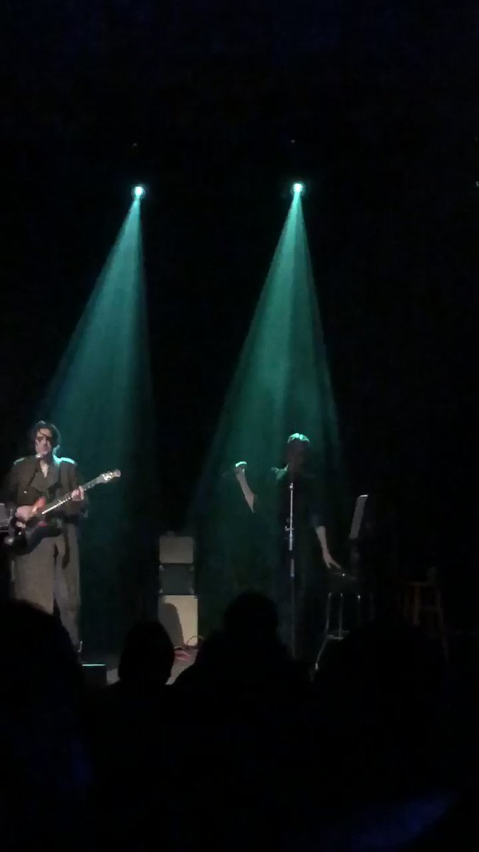 RT @_StephHolmes: Thank you for such a great night @evanrachelwood @zanecarney #denver #bluebird https://t.co/VCAkBQRT9Y