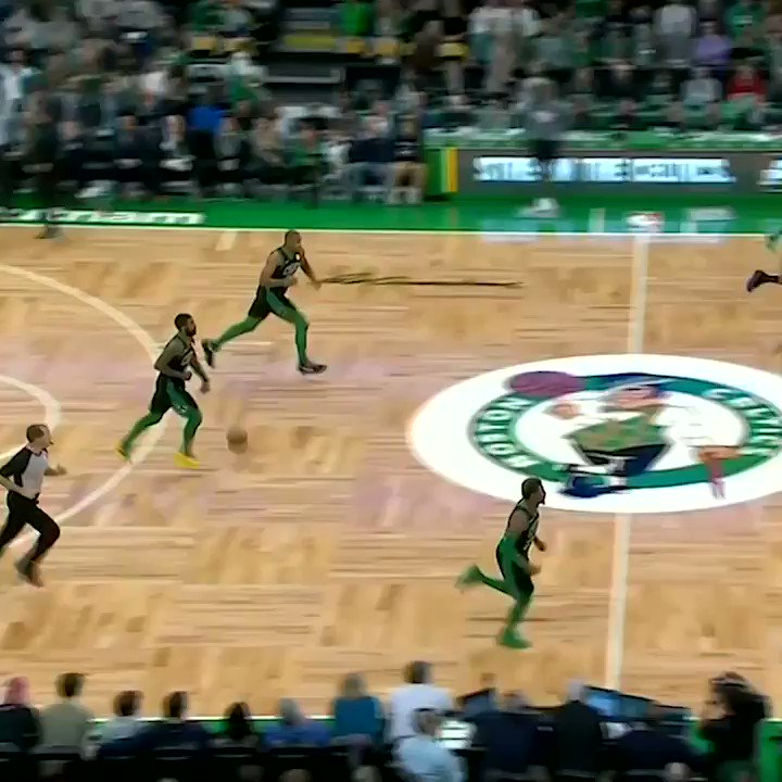 """""""Kyrie ... behind the back, and that left somebody in the dirt."""" 😬 https://t.co/tk8uNXRqfw"""