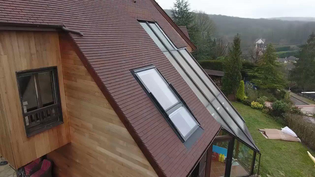 Hem pencere hem balkon. Güzel bir mühendislik çözümü:  #futuristik #Teknoloji #mühendislik #civilengineering #inşaatmühendisliği @patrynwoodworks https://t.co/6aboBTLkkV