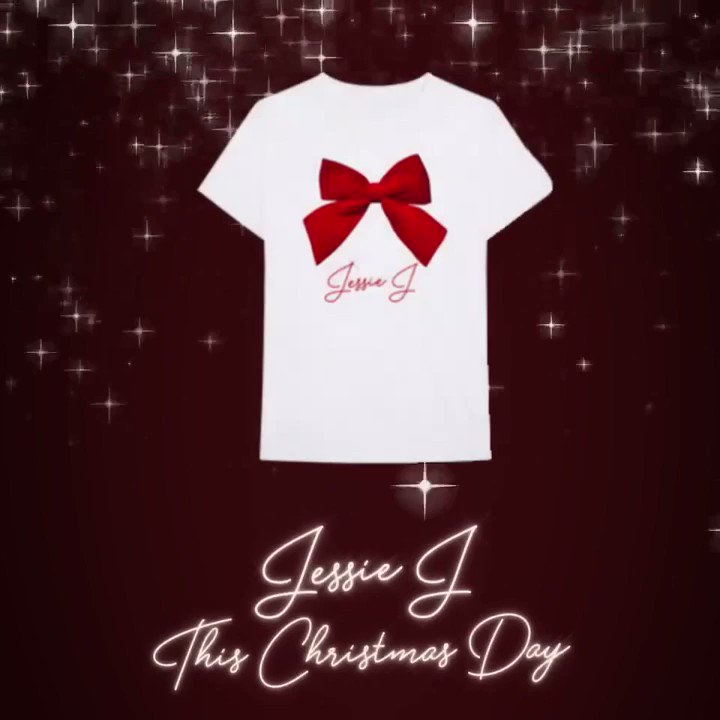 This Christmas Day Merch / ???? available now! ????????❤️???? https://t.co/LwOMi8PwQ8 https://t.co/8qeGPcGbrk