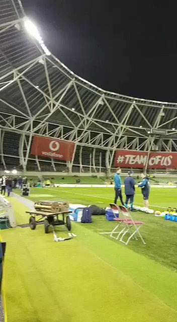It's a crisp evening for #IREvUSA #TeamOfUs https://t.co/OJjfKLIAlI