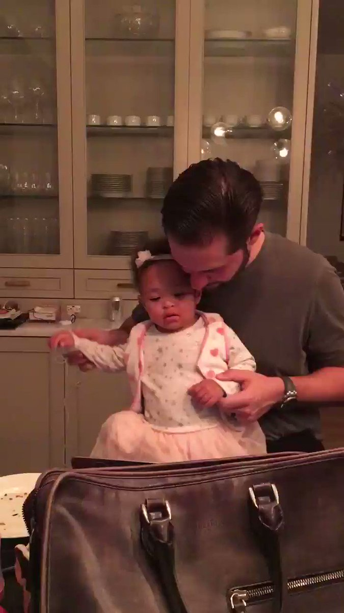 This guy wow he is amazing. I wake up feeling special everyday. He's the best dad too. @alexisohanian https://t.co/eDvgDvWKer