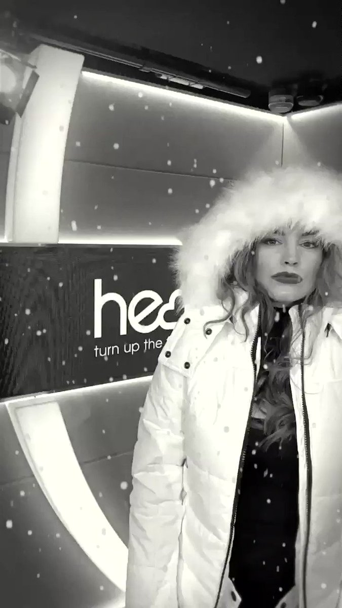 RT @thisisheart: Full East 17 #Christmas vibes in the studio today with @IAMKELLYBROOK & @jkjasonking ????❄️???????? https://t.co/NxAMIcgyTc