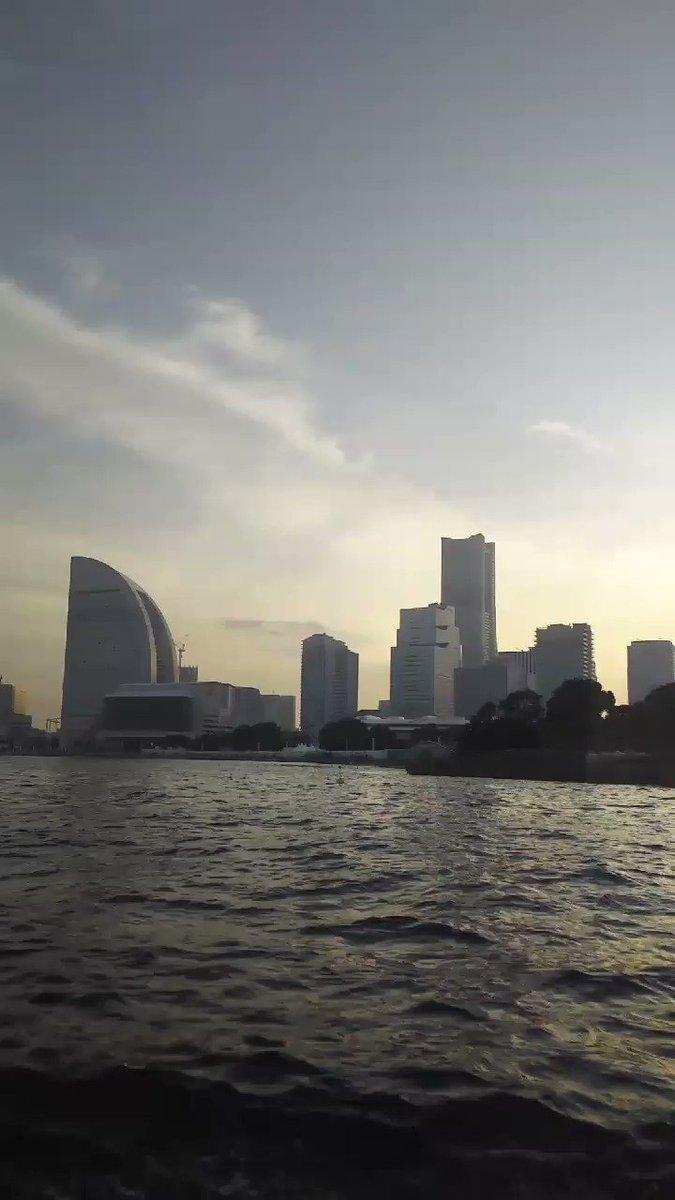 船(シーバス)で パシフィコ横浜に到着(^-^) https://t.co/jIdFzPzd5O