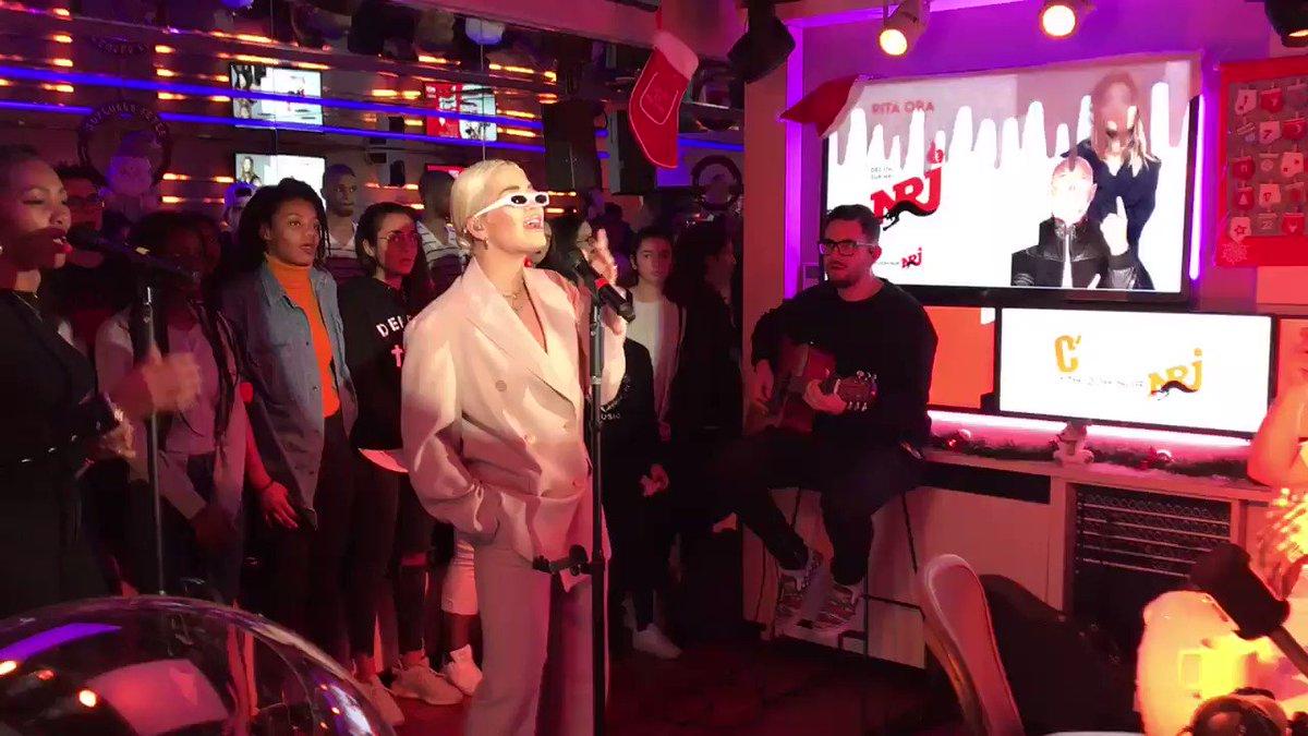 RT @NRJhitmusiconly: Elle est en live sur NRJ ! @RitaOra est chez @cauetofficiel #RitaOraChezCauetSurNRJ https://t.co/lUGuon9Iq0