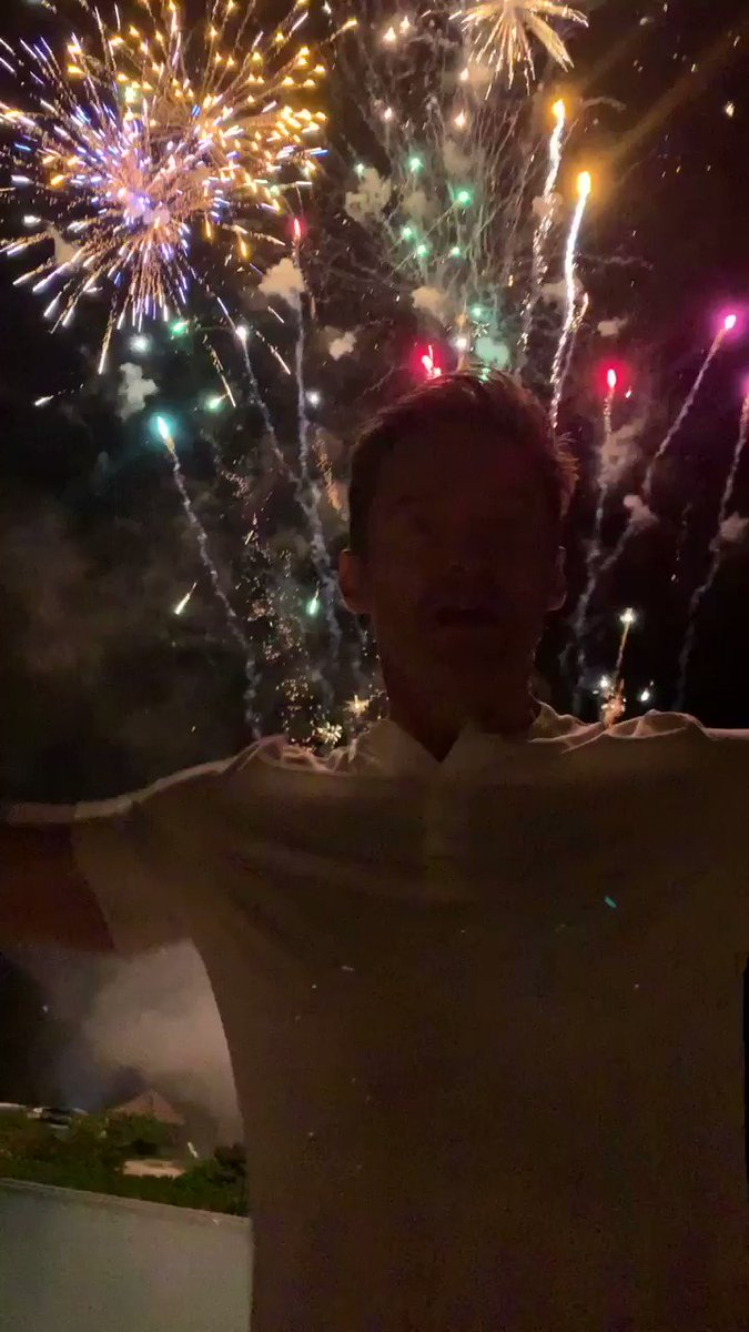 Happy new year! #2019 https://t.co/ulXROY6s6M