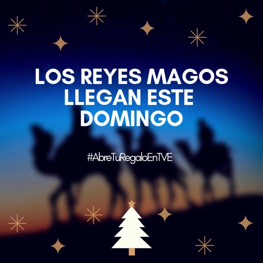 👑👑👑 ¡Ya queda nada para que lleguen los Reyes Magos!  📱 Comparte con nosotros tu ilusión y envíanos un vídeo abriendo tus regalos con el hashtag #AbreTuRegaloEnTVE  ¡Queremos verte disfrutar! https://t.co/FqsPU83UJL