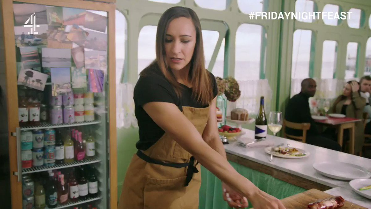 .@J_Ennis is on fire tonight… quite literally. ???? #FridayNightFeast https://t.co/QvTwWUhbVk