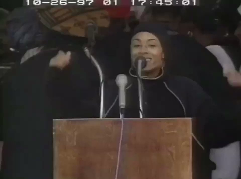 Million Woman's March 1997. That was a beautiful day of solidarity. Happy Sunday✨ https://t.co/1lsVcR19PT