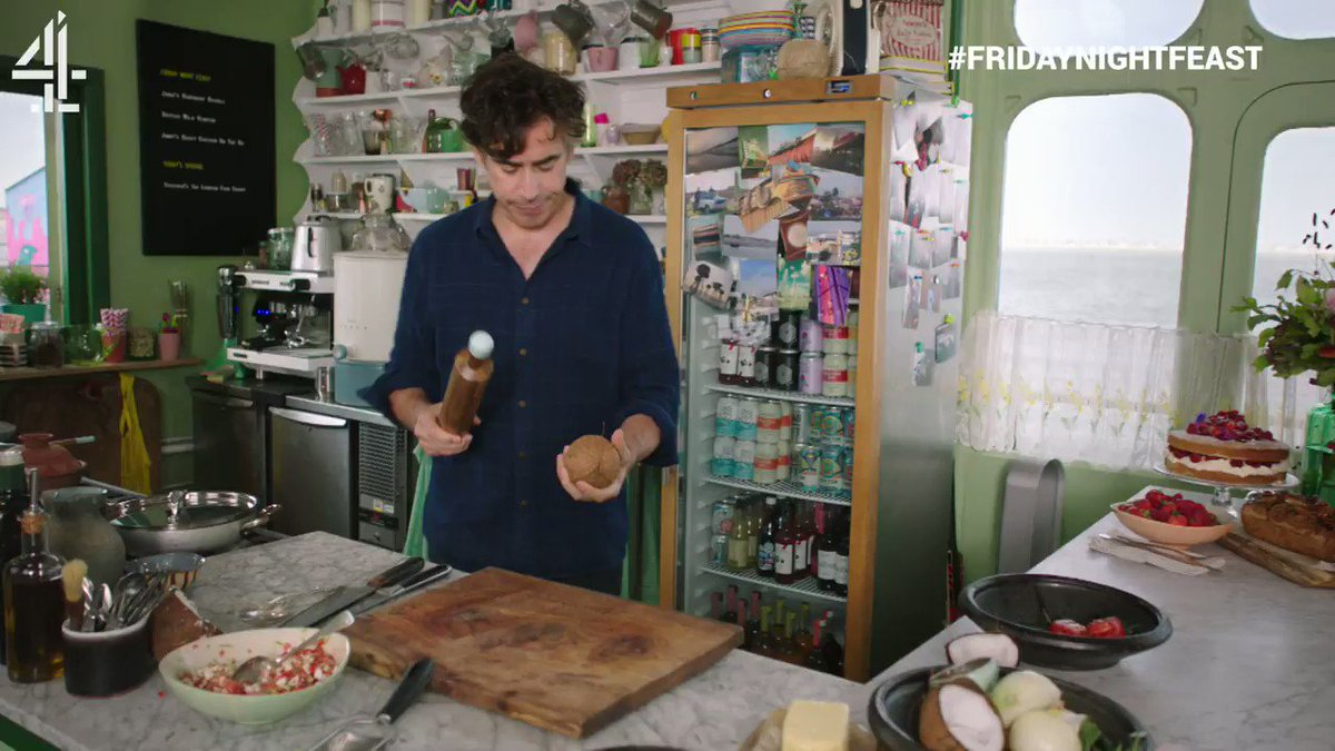 That's one way to break a coconut, @StephenMangan #FridayNightFeast  @nassercricket, what do you think? https://t.co/lKed7kBVEV
