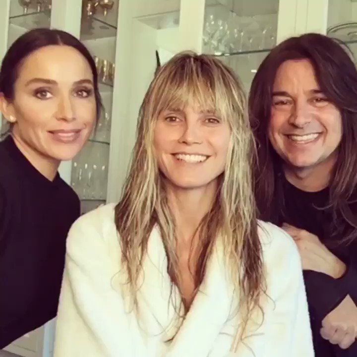 Getting ready for @iheartradio with @maryphillips @hairbylorenzomartin   #iHeartAwards #iHeartAwards2019 https://t.co/6ttETJj6dq