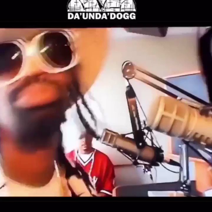 MAC DRE X LIL JON COMING SOON #YEAHHHHH https://t.co/oZoUJz6WWH