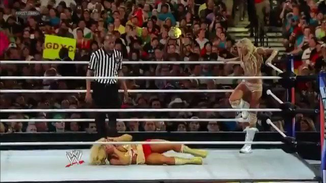 RT @MickiesKelly: TB to @TheBarbieBlank's tribute to Molly Holly at Wrestlemania ???????? https://t.co/3vqzNQZCDW