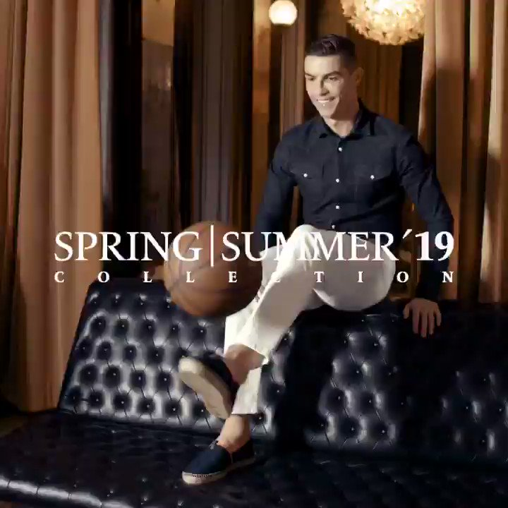Hi guys! CR7 Footwear has a new website! Feel legendary with our spring/summer collection! https://t.co/Goznggp3NW https://t.co/nkI3KvD177