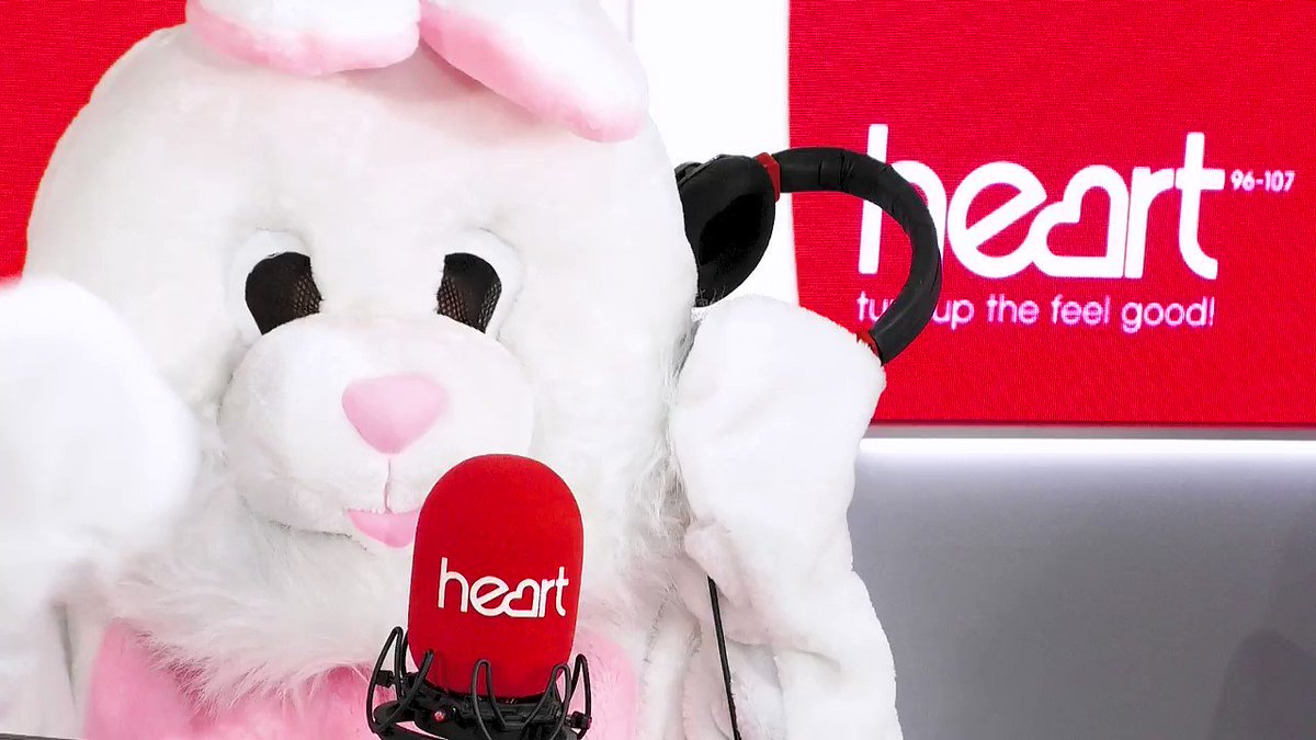 RT @thisisheart: There's something different about you this morning @IAMKELLYBROOK... ???????? @jkjasonking #EasterWeekend https://t.co/DDKMs7WsIy