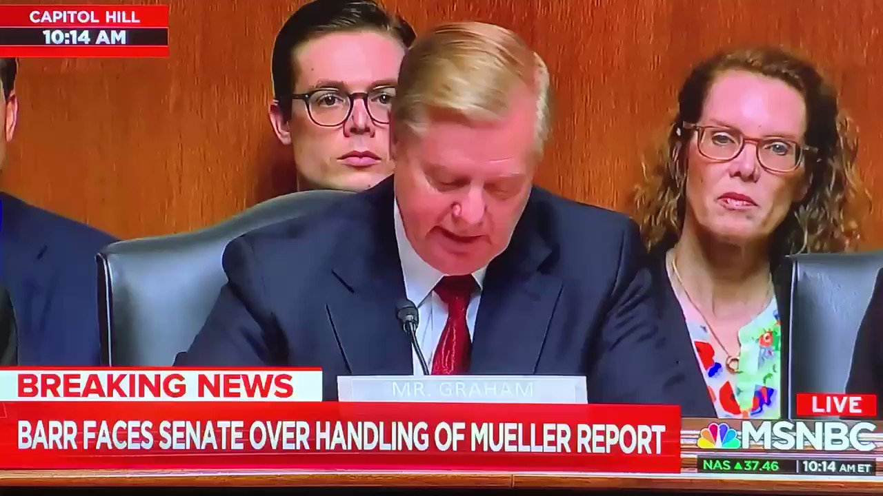 """Please do not RT Lindsey Graham saying """"TRUMP IS A FUCKING IDIOT"""" on national TV today. It will only upset @realDonaldTrump, who's already freaking out quite a lot today https://t.co/BwOS41ZZDY"""