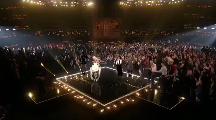 Madame ❌ and @maluma a magical moment from #BBMAs ????????????????????????Watch the full performance here: https://t.co/QuEomH9pcB https://t.co/RT8bq8UBl3