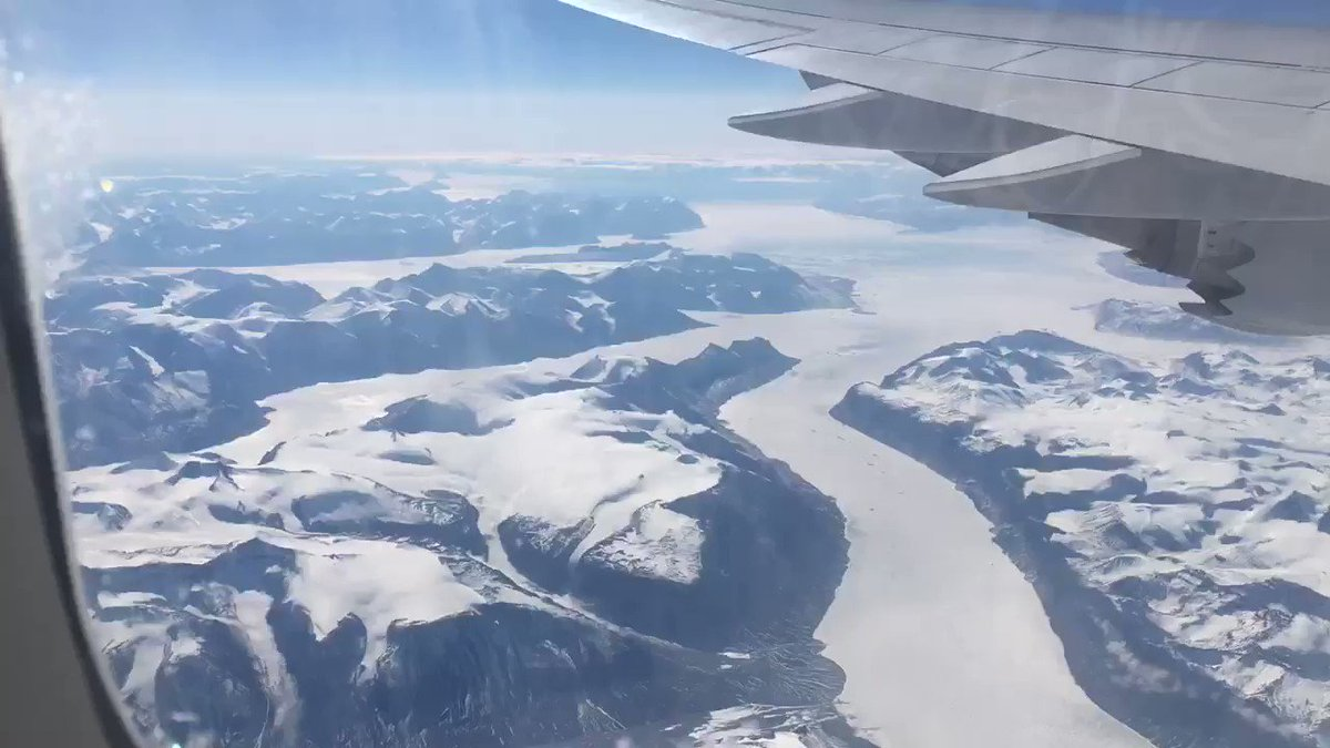 max_pronko: Our #RoadToImagine with great Island mountains view from airplane ✈️ Los Angeles. https://t.co/AUIixIivaL