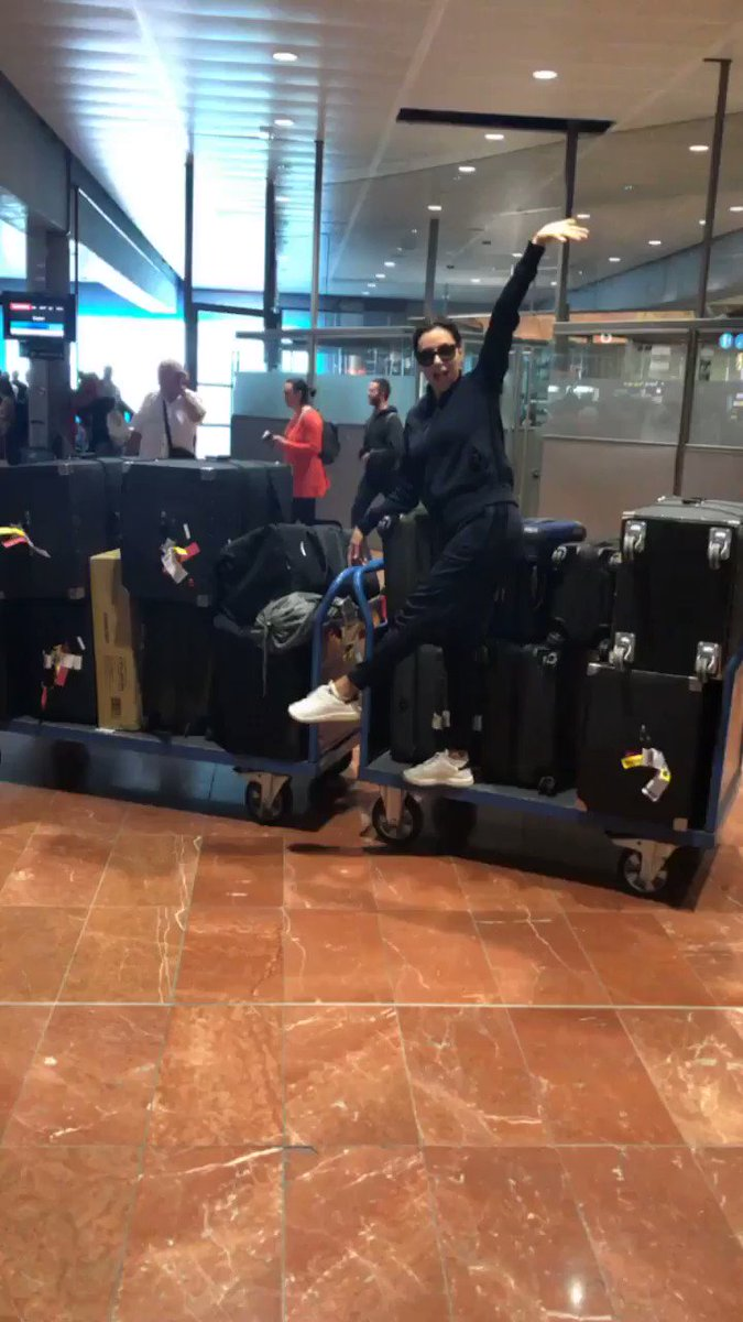 Made to Cannes with all 14 pieces of luggage! ????????♀️ At least half are Santi's! #Cannes #Lorealista https://t.co/KMDLwIEtwj