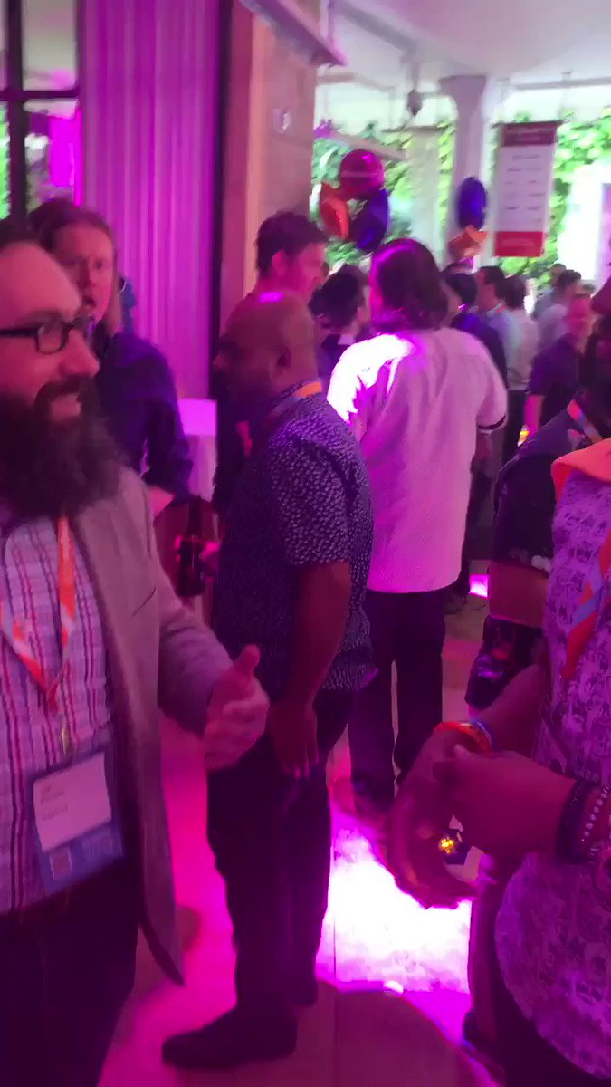 Creatuity: Joe talking to us about a great @ShipperHQ article that you NEED to checkout! #Preimagine #MagentoImagine https://t.co/Wu67cGxNue