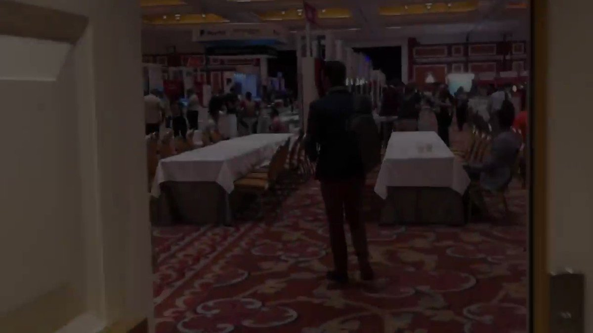 imgmage: Kicking things off at #MagentoImagine. Find us in the Booth 412! 🎉 #IMatImagine https://t.co/Aogg7kH2KA