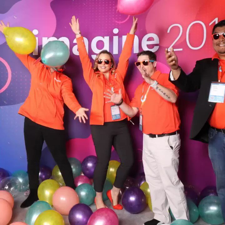 avalara: Such a fun photo booth at #MagentoImagine 2019 with some of the incredible Avalara team! https://t.co/rfoDkUSFbn
