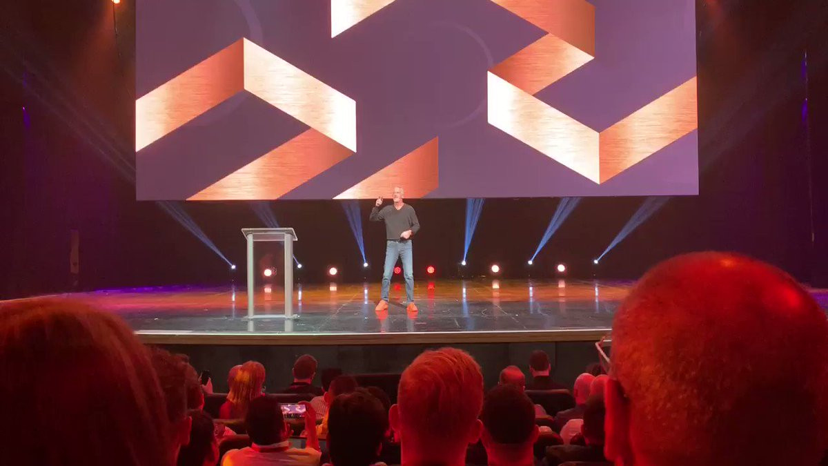 vincenzolandino: There you have it. @garyvee mentions his disappointment in the @nyknicks missing on Zion. #MagentoImagine https://t.co/Ptt3bLJiZs