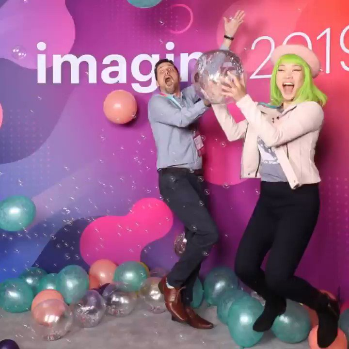GoldieChan: Playing with the #4D photo booth at #MagentoImagine with my #Adobe waifu @Rhodes411 💙💚💜 https://t.co/QM03EVqvj2