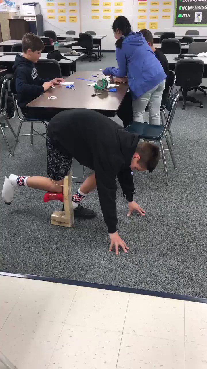 Our first successful 8th Grade STEM elephant leg prosthetic this year! Some slight modifications/redesign needed, but a great start!  #STEM #LearnByDoing #LCMSPTB https://t.co/BzzVTCfSr8