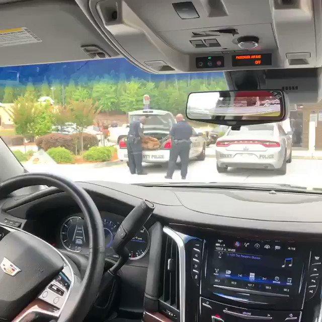 ATL Shawty, ????♂️Henry County Police got some shit. LOL #lecheminduroi #bransoncognac https://t.co/VzI1ISW4UI