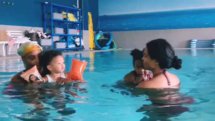 The moments I cherish ❤️. @serenawilliams and I with our girls in Cannes. #SweetMemories #MomLife https://t.co/n6pBvbkt8H