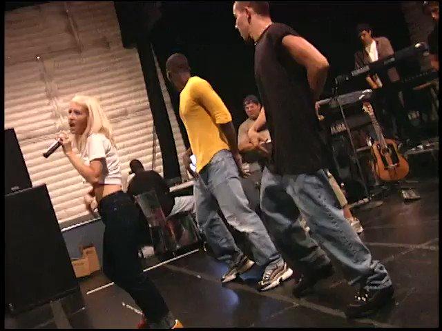 OG dance clip. I can't even... ???????????? #GenieInABottle. https://t.co/ycB9dFnh8w https://t.co/Omdyn6XhPD