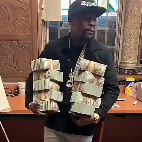 ????????LOL WHO DID THIS ????#lecheminduroi ????#bransoncognac https://t.co/hYBUjLnTtw