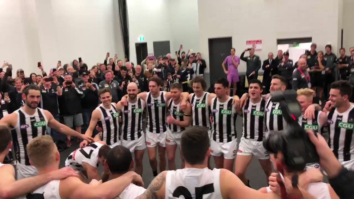 RT @CollingwoodFC: Sing it loud Magpie Army!...