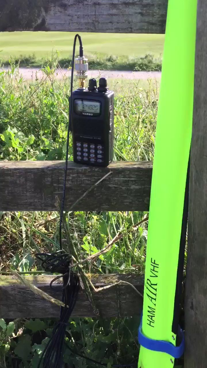 Video - Some tests on the new Aircraft & Military Frequencies on the Air Antenna, apologies for the wind! It's Scotland! 👍🏻 also some pictures of the Air Antenna, with supplied carry pouch for the backpack! #aviation #hamradio #qrp #sota #amateurradio https://t.co/92KukXBIZA