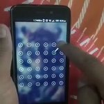 RT @sehnaoui: As an Infosec professional, I can only but approve of this phone unlocking pattern ¯\_(ツ)_/¯ https://t.co/4jLfhPtdEv
