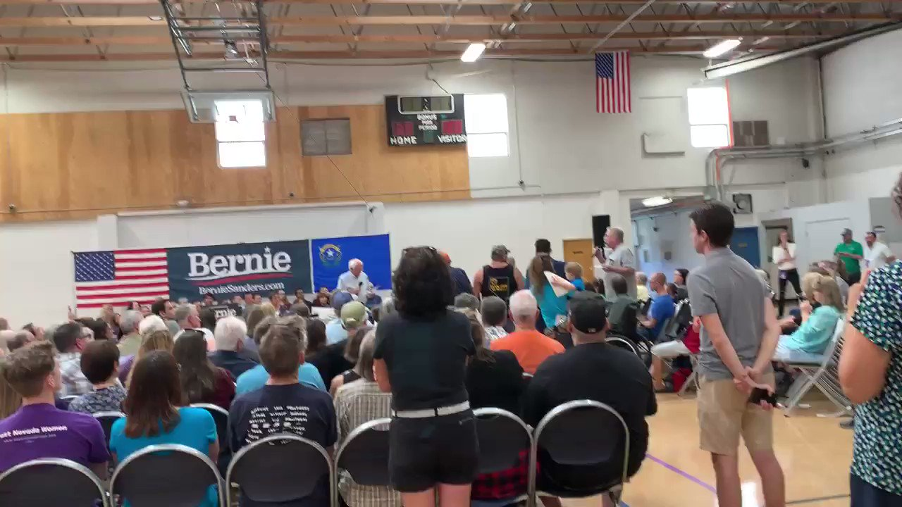 Dramatic moment here at @BernieSanders rally. A Navy vet says that he has stage-4 Huntington's, has +$130k in insurance debt and is contemplating taking his own life. https://t.co/Qe91RjLKEZ