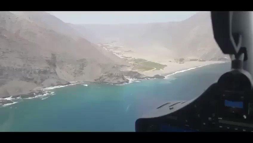 Avión Naval P 68 efectúa uno de sus constantes patrullajes por el borde costero de la jurisdicción. En las imágenes se aprecian las quebradas Vítor y Camarones, y el histórico puerto de Pisagua. @Armada_Chile @DGTM_Chile @Gore_Tarapaca @Tamarugalgob #Iquique #FelizDomingo https://t.co/tk886mJJ7O