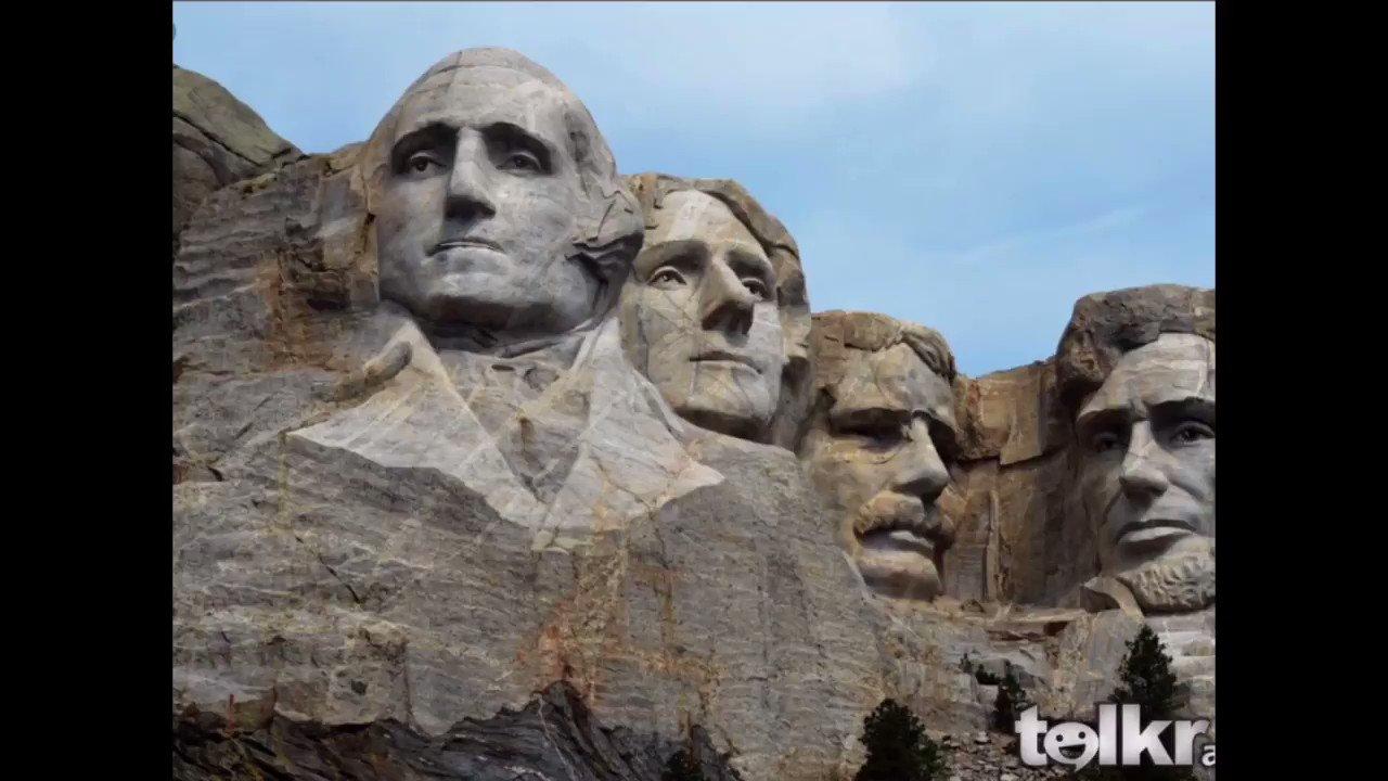 Zum ersten Mal @talkr_ios im Englischunterricht ausprobiert. SuS über Mount Rushmore und US Präsidenten recherchieren lassen, Dialog schreiben, Dialog verbessern und mit Talkr einsprechen und animieren. SuS (und ich) fanden es klasse! (hier ein kurzer Teaser) #twitterlehrerzimmer https://t.co/mncrizQkic